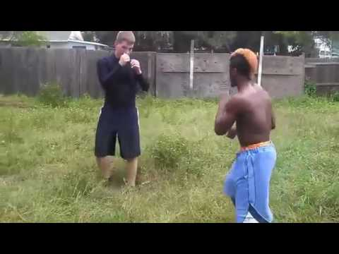 Street Fighter VS Prof MMA Fighter – Best Street Fight Ever more: [www.MangaScan.Live]